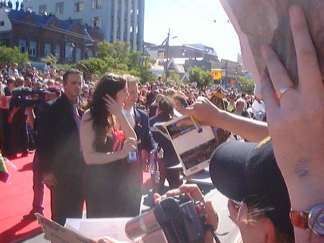 Wellington Premiere Pictures - Liv Tyler - 640x480, 63kB