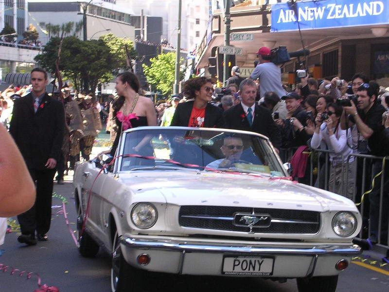 Wellington Premiere Pictures - Tyler & Bloom - 800x600, 90kB