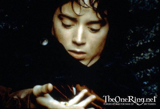 Frodo and the One Ring - 545x371, 32kB