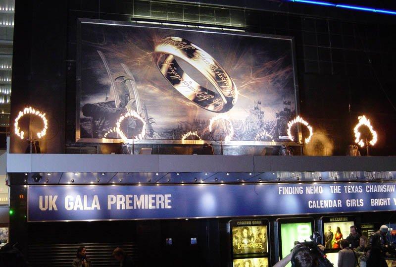 ROTK Premiere: London - 800x539, 80kB
