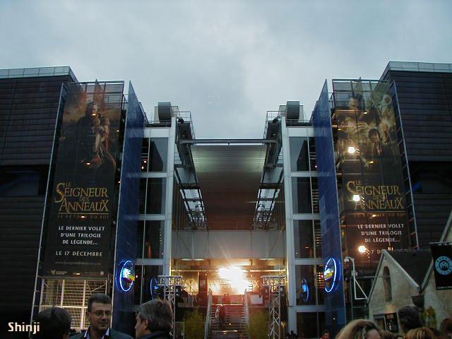 ROTK Premiere: Paris - 640x480, 62kB