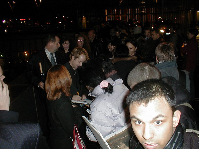 ROTK Premiere: Paris - 800x600, 89kB