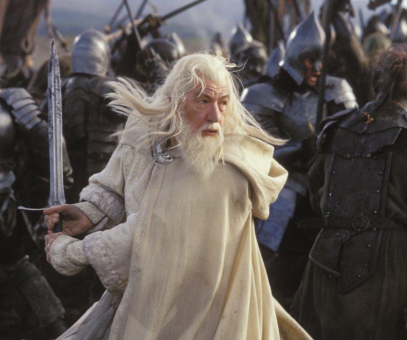Gandalf In Battle - 800x668, 84kB