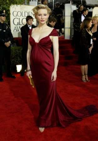 Golden Globes 2004 Images - 313x450, 23kB