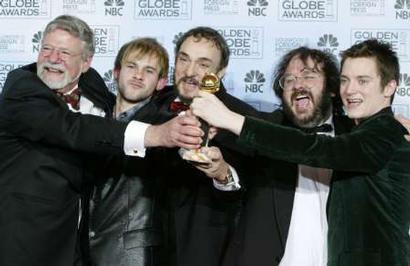 More Golden Globes 2004 Images - 410x266, 21kB