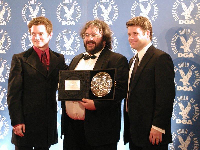 Elijah Wood, Peter Jackson and Sean Astin at the 56th Annual DGA Awards - 800x600, 103kB