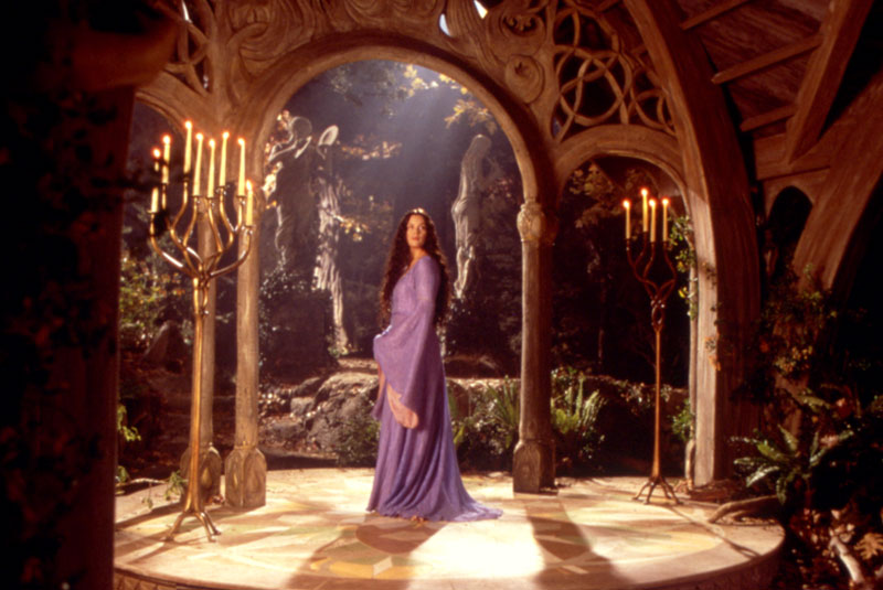 Arwen - Cannes 2001 Slide - 800x535, 92kB
