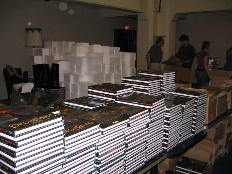 TORN LA Gathering 2004 - 800x600, 122kB
