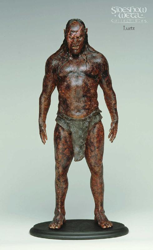 Newborn Lurtz Figure - 490x800, 43kB