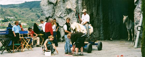 Ian McKellen's ROTK Photos - 600x238, 54kB