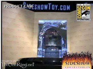 Comic-Con 2004 ROTK:EE DVD SET PICS! - 326x243, 20kB