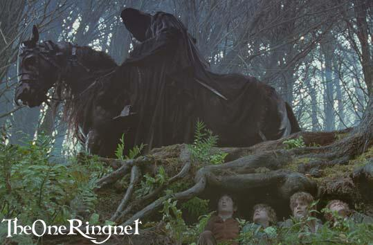 Ringwraith Searches For The Ring - 539x354, 36kB