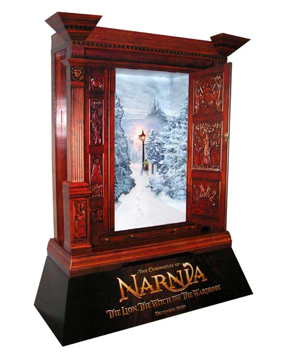 Narnia Movie Poster Stand - 600x741, 39kB