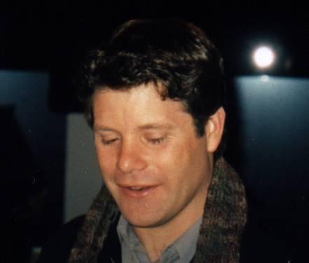 Sean Astin Booksigning: Westwood, CA - 441x376, 12kB