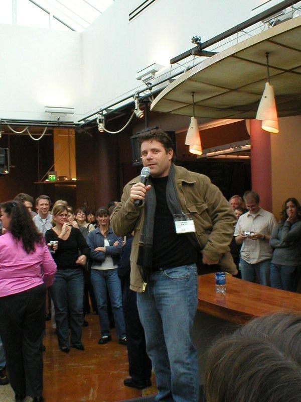 Sean Astin Book Tour: Seattle - 600x800, 81kB