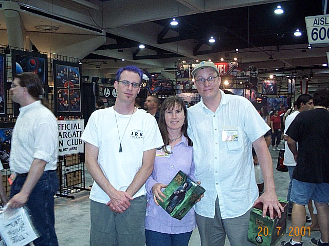 Quickbeam with Tania Rodger and Richard Taylor at Comic-Con 2001 - 640x480, 101kB
