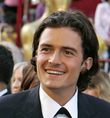 Oscars 2005 - 381x409, 20kB