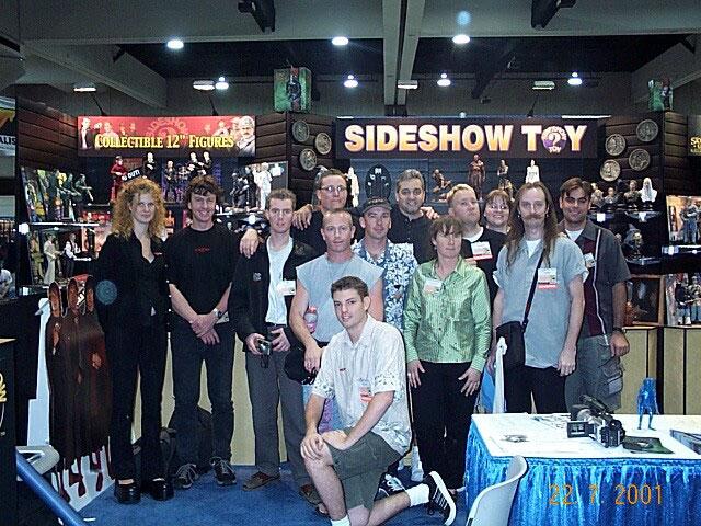 The WETA Team at Comic-Con 2001 - 640x480, 121kB