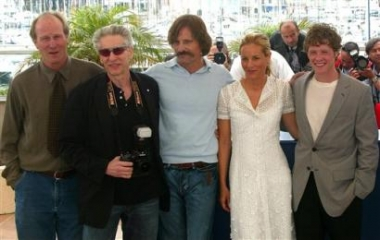 Cannes 2005 - 380x240, 68kB
