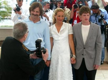 Cannes 2005 - 380x282, 82kB