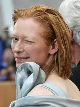 Tilda Swinton at Cannes 2005 - 260x344, 62kB