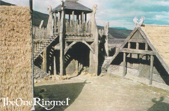 Set Pic: Inside Edoras! - 591x389, 55kB