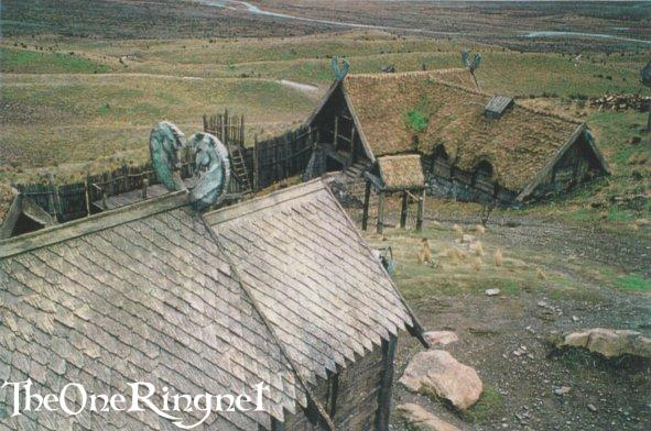Set Pic: Inside Edoras! - 591x392, 58kB