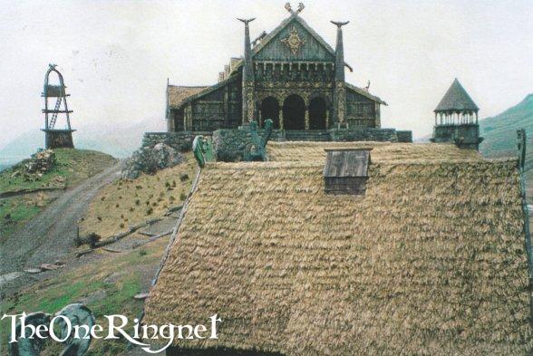 Set Pic: Inside Edoras! - 588x393, 55kB