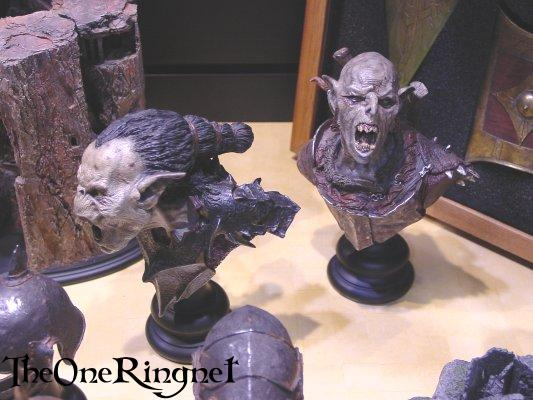 Orc Sideshow Toy Busts at Comic-Con 2001 - 533x400, 42kB