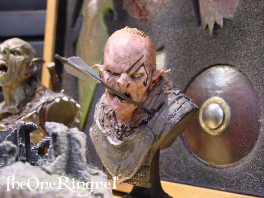 Orc Sideshow Toy Bust at Comic-Con 2001 - 533x400, 43kB