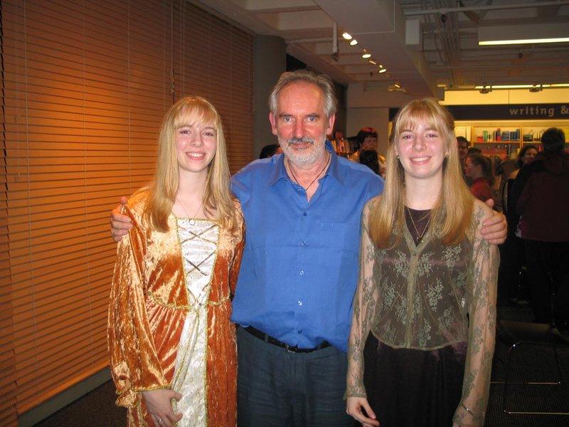 Alan Lee Book Tour: Seattle, WA - 800x600, 94kB