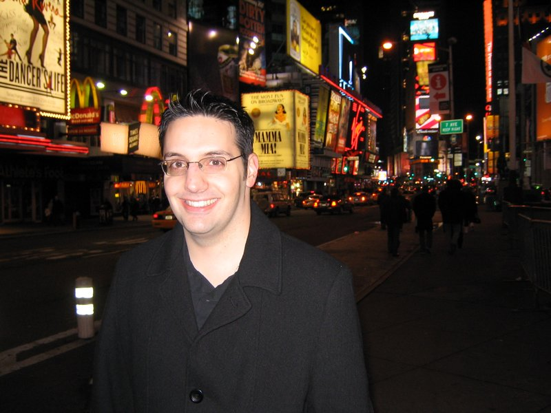 King Kong Premiere: New York, New York - 800x600, 89kB