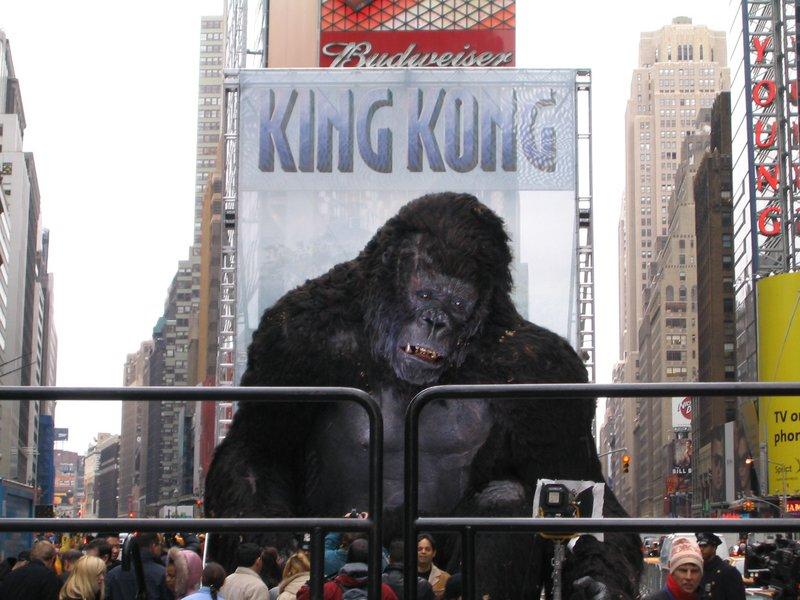 King Kong Premiere: New York, New York - 800x600, 104kB