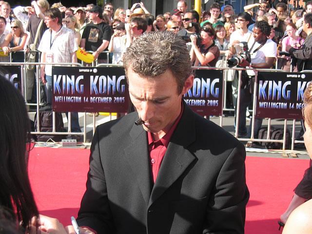 King Kong Premiere: Wellington - 640x480, 87kB
