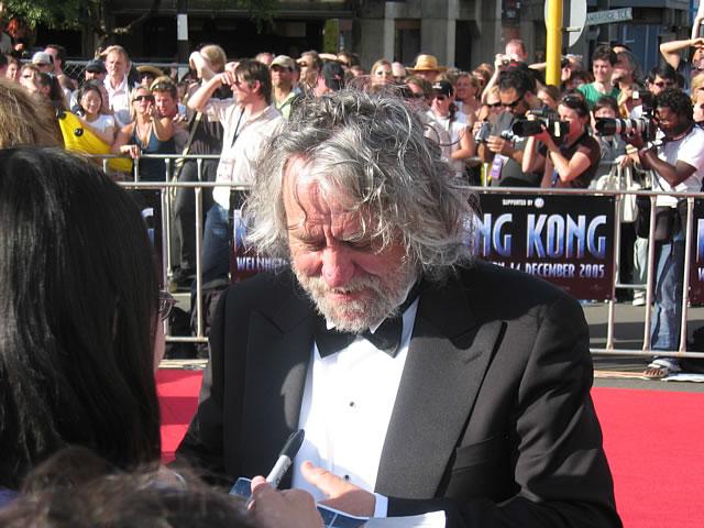 King Kong Premiere: Wellington - 640x480, 80kB
