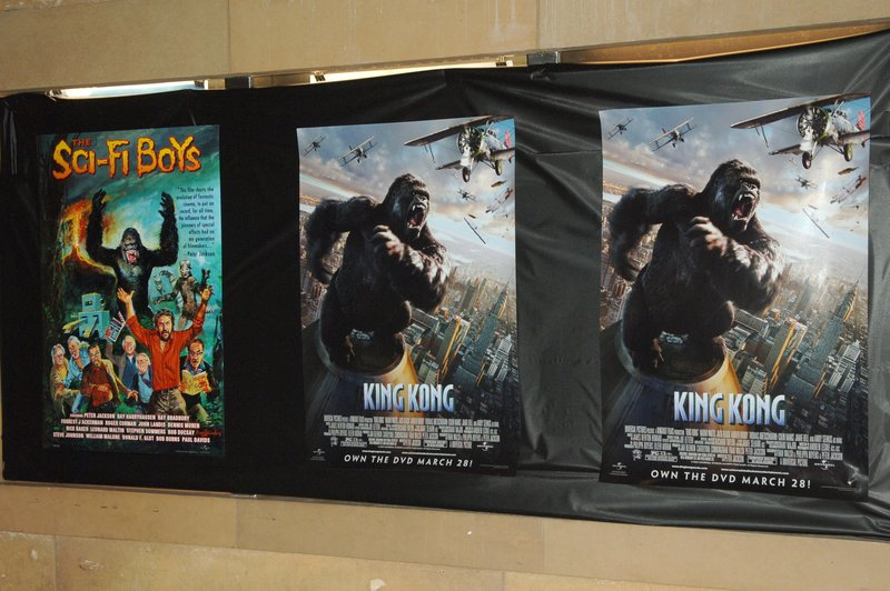 King Kong Event in LA - 800x532, 92kB