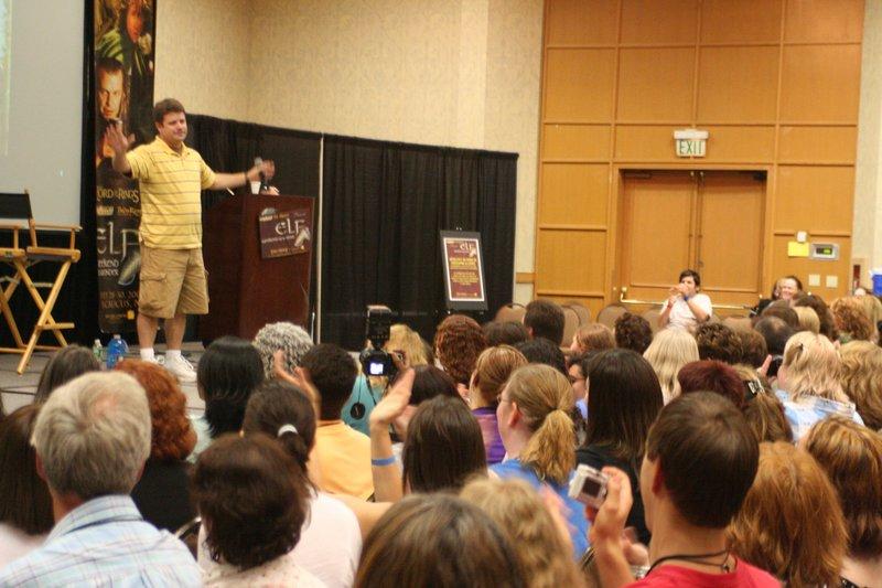 Sean Astin at ELF 2006 - 800x533, 100kB