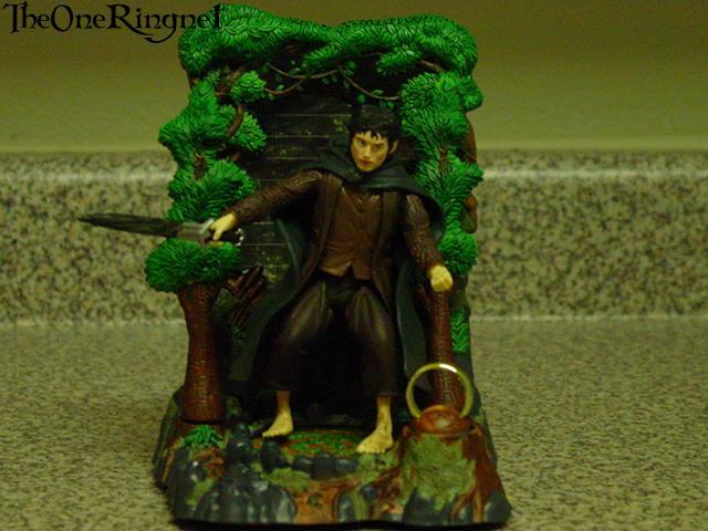Toy Biz Pics - Frodo 3 - 640x480, 49kB
