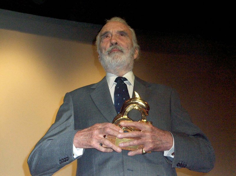 Christopher Lee at the Festroia Film Festival - 800x597, 81kB