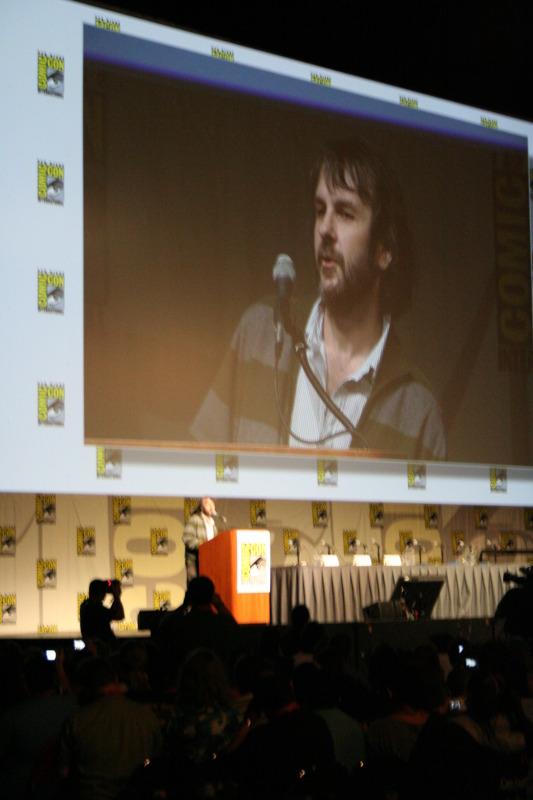 Comic-Con 2009 Peter Jackson Panel - 533x800, 100kB