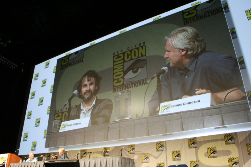 Comic-Con 2009 Peter Jackson Panel - 800x533, 126kB