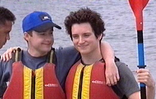 Dragon Boat Race - Elijah And Billy - 522x332, 40kB