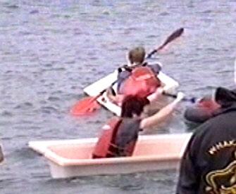 Dragon Boat Race - Paddle! - 335x276, 22kB