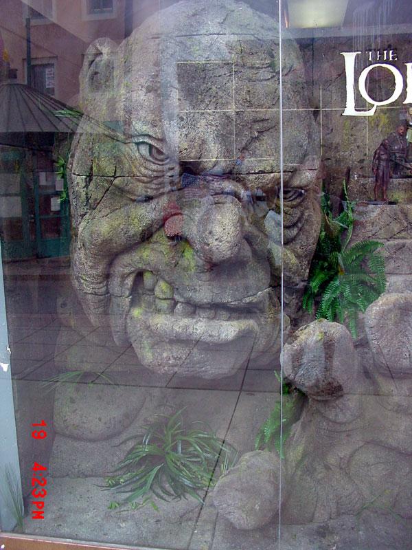 Want to meet a stone troll? - 600x800, 140kB