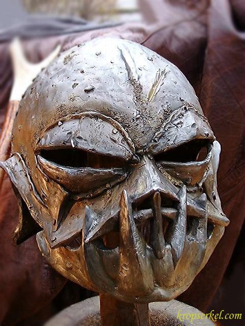 Orc War Helm - 480x640, 101kB