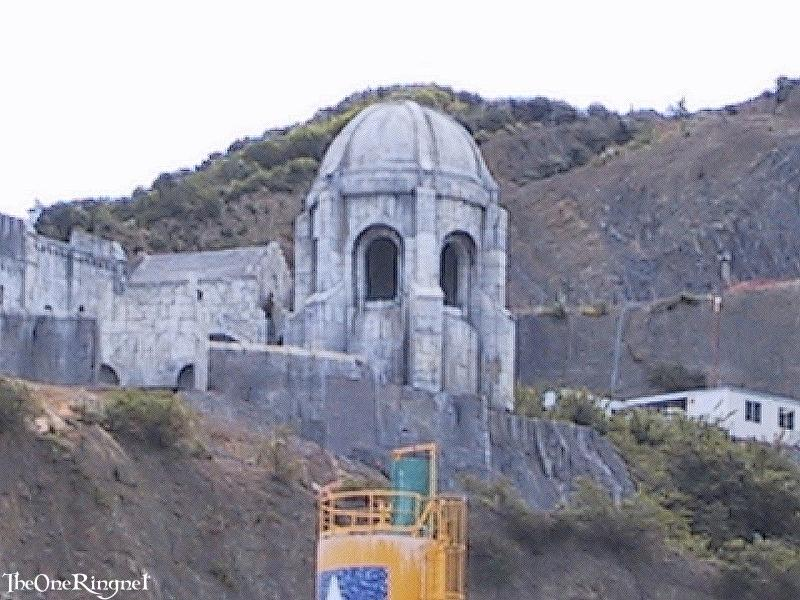 Minas Tirith set pitures - 800x600, 99kB