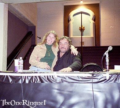 John Rhys-Davies and fan! - 390x353, 30kB