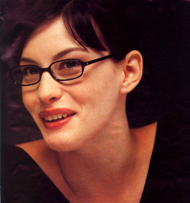 Liv Tyler Talks LoTR - 747x800, 101kB