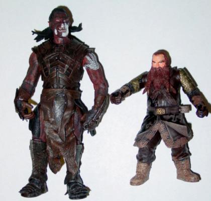 Lurtz and Gimli figures from FOTR Toybiz - 420x400, 69kB