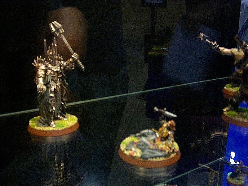 GamesWorkshop FOTR Figurines - 800x600, 96kB